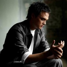 Gareth Gates Lyrics