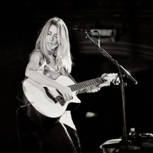 Heather Nova Lyrics